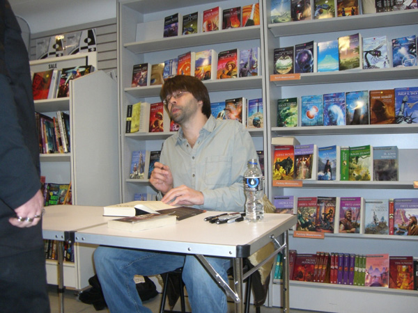 [Joe Hill at Forbidden Planet ]