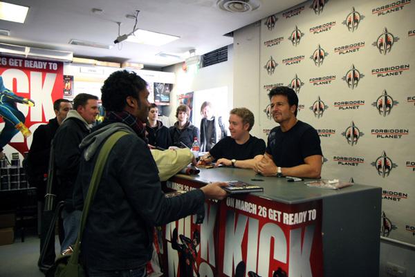 [Mark Millar and John Romita Jr meet fans at Forbidden Planet  ]