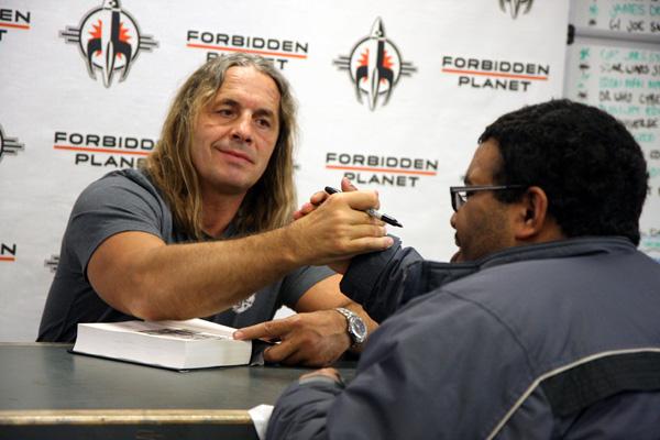[Bret Hart meets Fans at FP ]