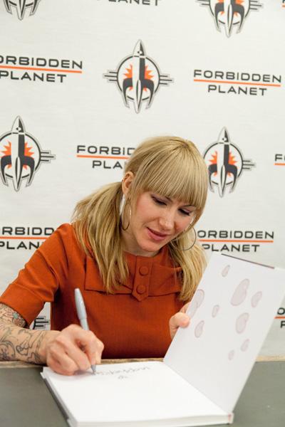 [Tara McPherson at Forbidden Planet Megastore ]
