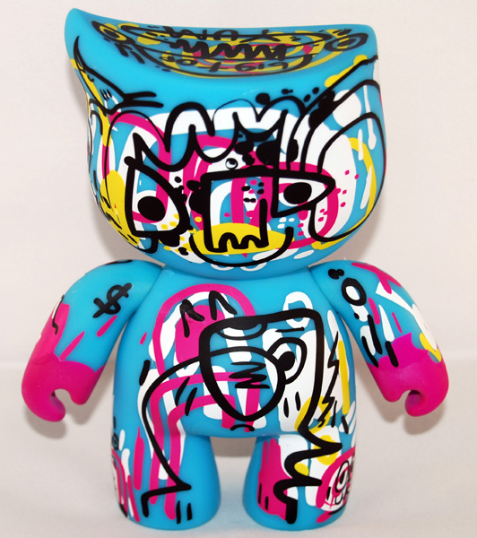 [Jinny Bigtop by Jon Burgerman - front view ]